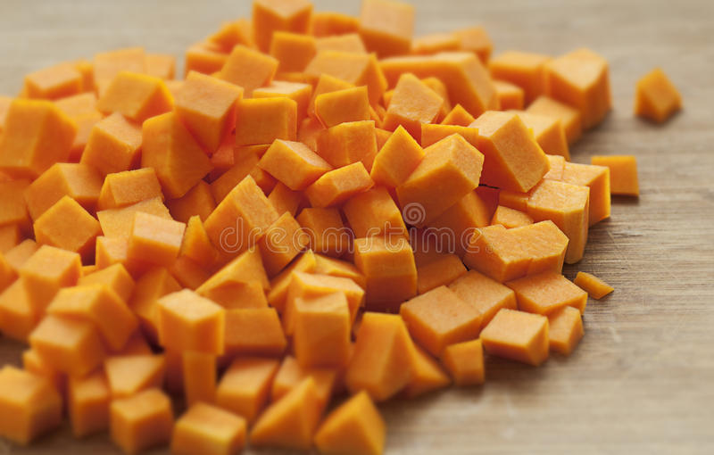 Cubes en courge de Butternut photo stock