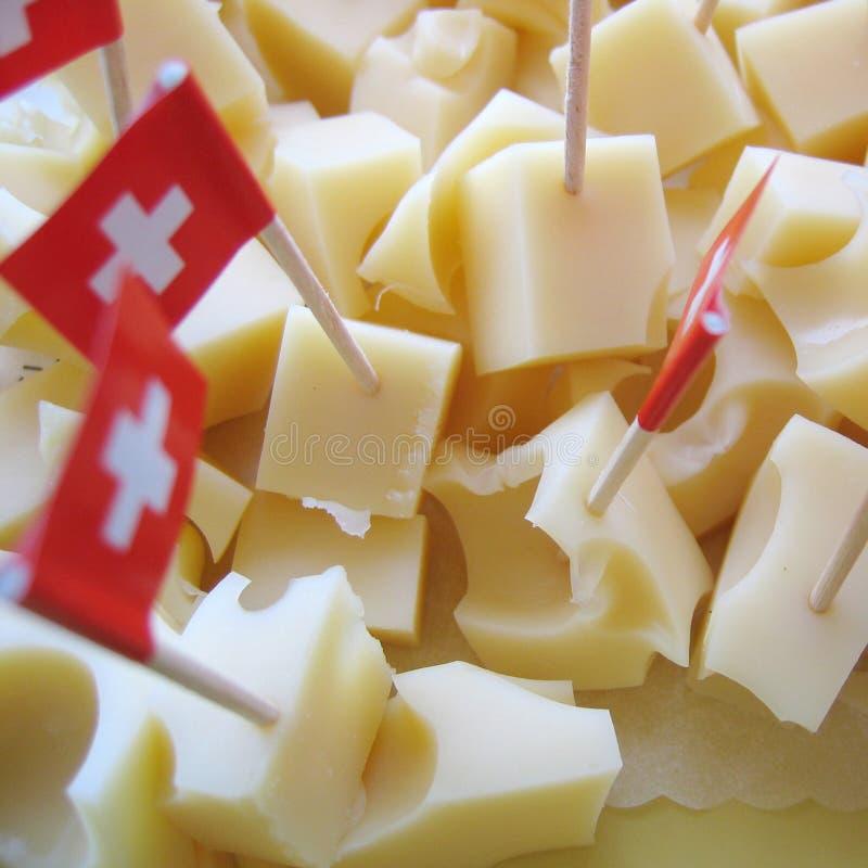 Cubes en fromage d'Emmenthal photographie stock
