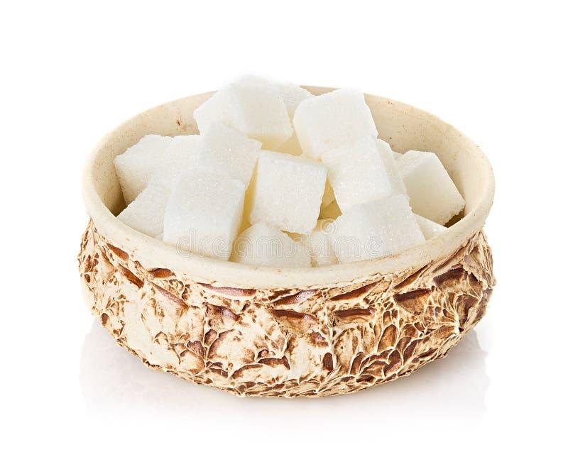 Cubes en sucre dans une cuvette photographie stock libre de droits