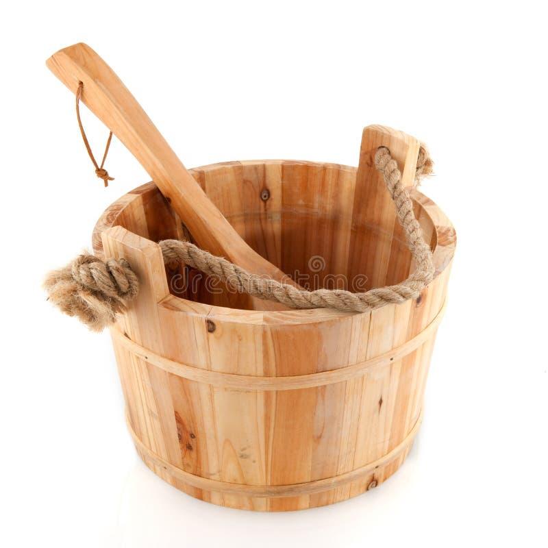 Cubeta de madeira da sauna imagens de stock