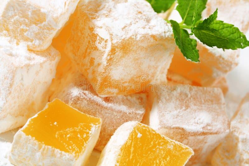 cubi Mastice-conditi della gelatina (lukum greco) fotografia stock libera da diritti