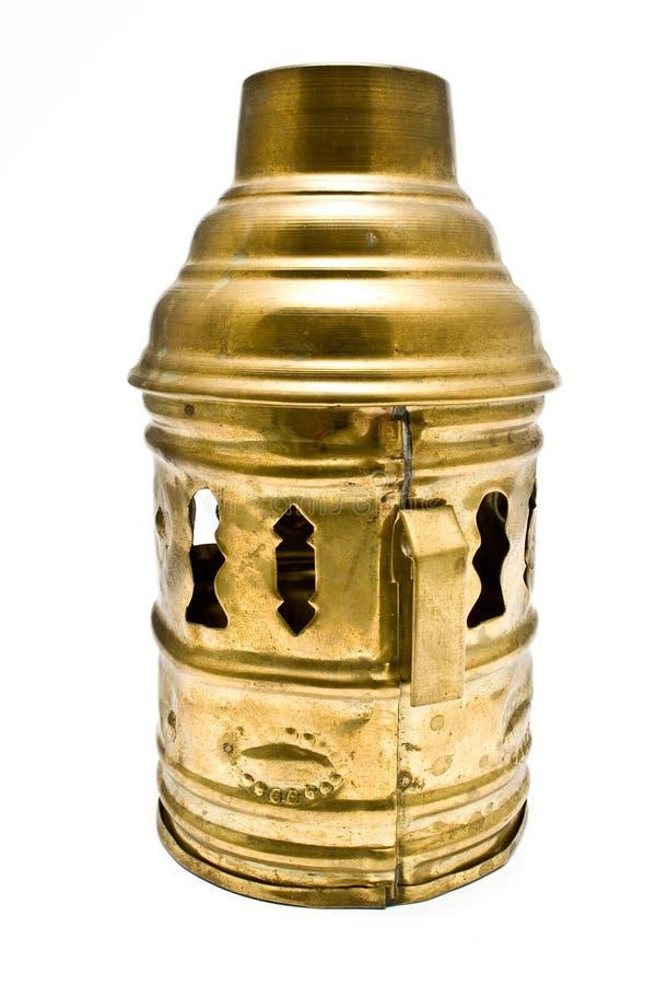Cubierta de cobre amarillo de la linterna decorativa fotografía de archivo