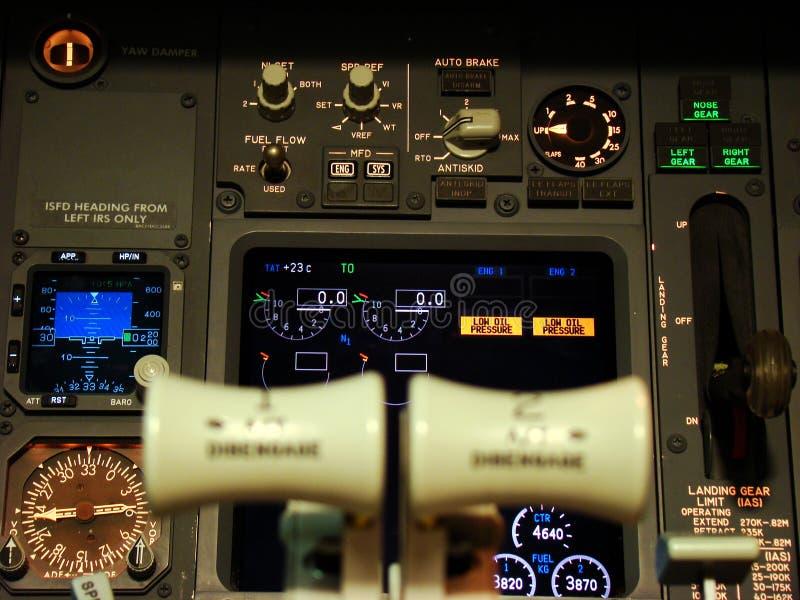 Cubierta de vuelo de Boeing 737 fotos de archivo libres de regalías