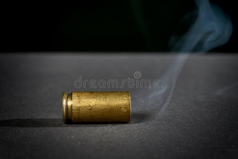 Cubierta del punto negro que fuma fotos de archivo libres de regalías