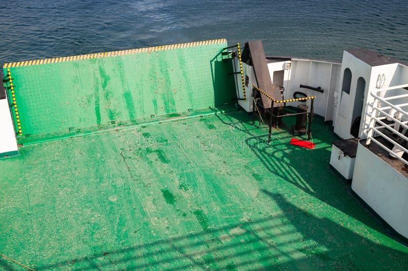 Cubierta verde vacía del transbordador fotos de archivo libres de regalías