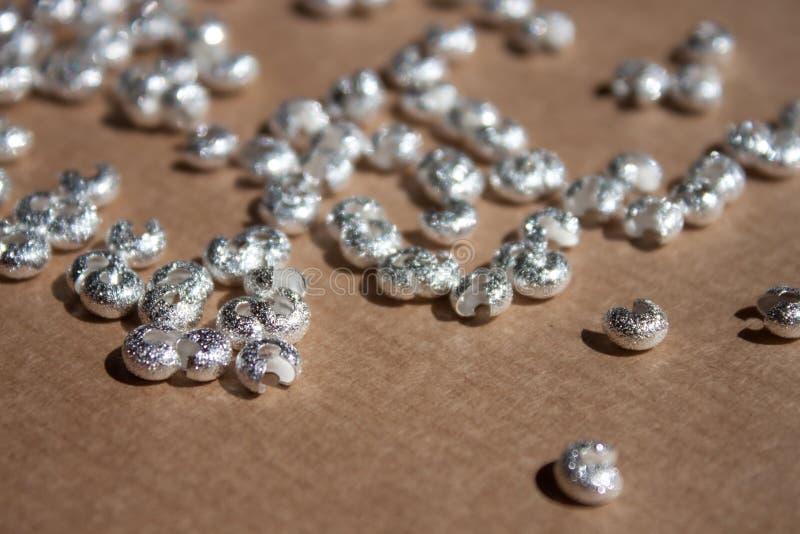 Cubiertas de plata de la encrespadura imagen de archivo libre de regalías