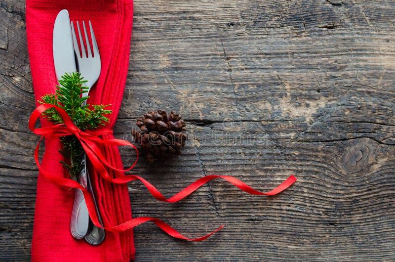 cubierto festivo para la cena de la Navidad foto de archivo libre de regalías