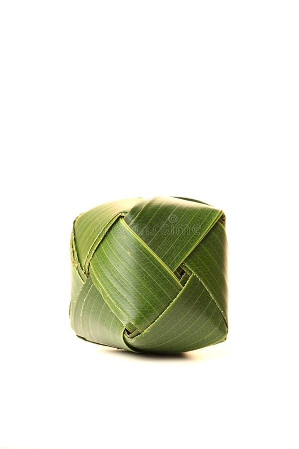 Cubo da folha do coco foto de stock royalty free