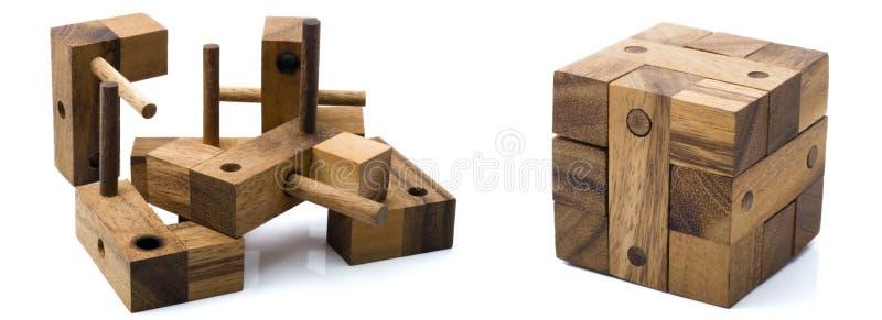 Cubo de madeira fotografia de stock