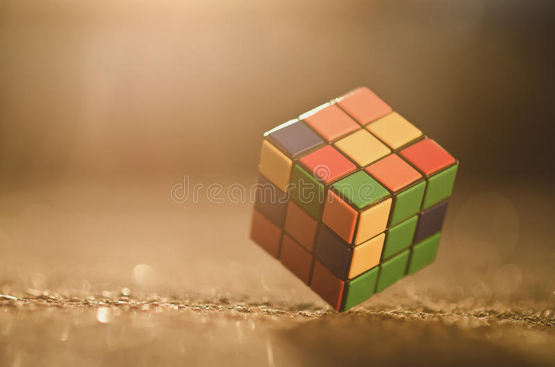 Cubo de Rubik fotos de stock royalty free