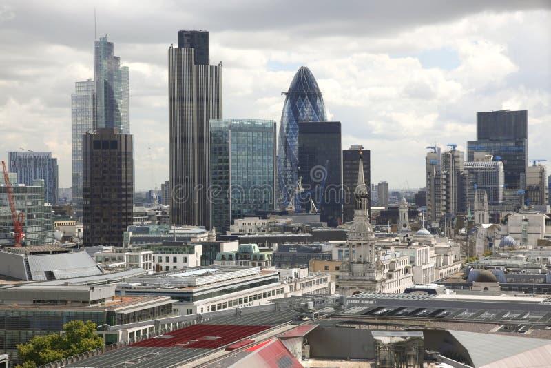 Cubo financeiro famoso em Londres imagem de stock