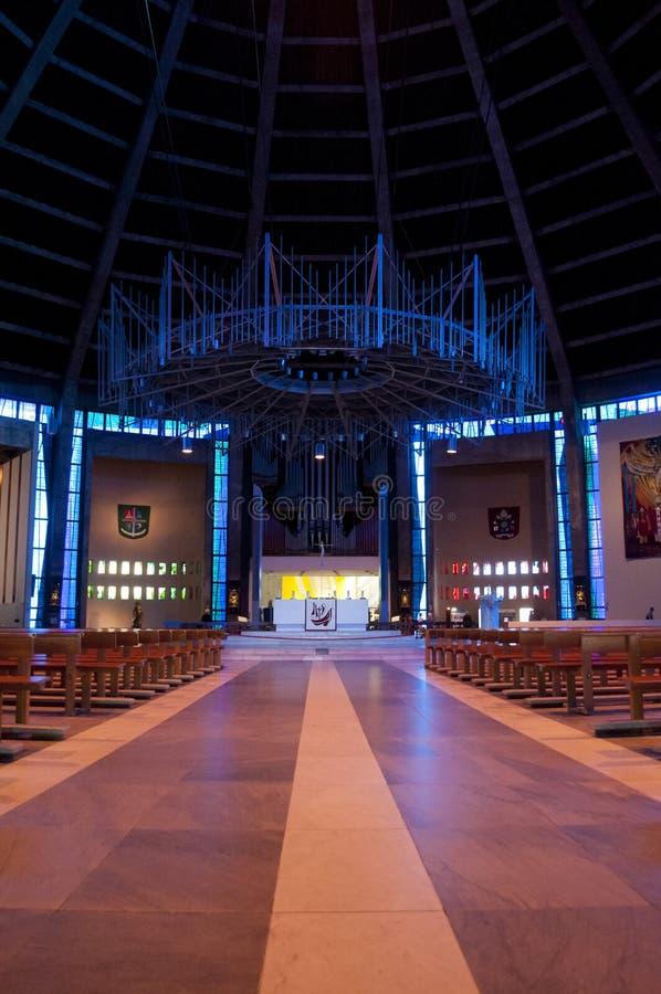 Cubo y altar en la catedral metropolitana de Liverpool, Liverpool, Reino Unido imágenes de archivo libres de regalías