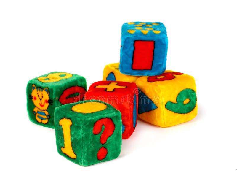 Cubos coloridos do brinquedo fotografia de stock