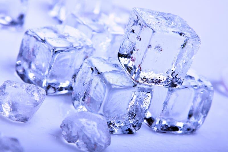 Cubos de gelo fotos de stock