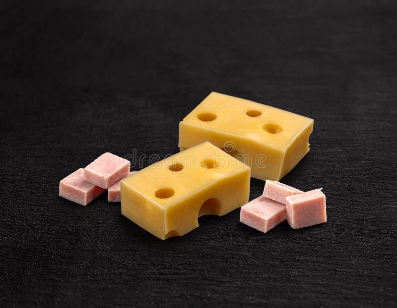 Cubos do presunto e do queijo fotos de stock
