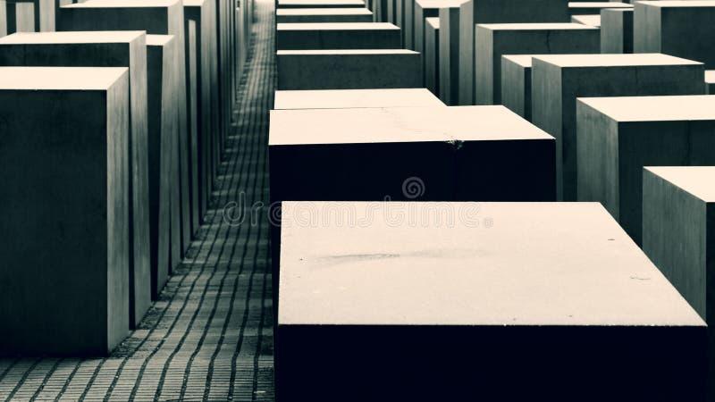 Cubos en verde oscuro fotos de archivo libres de regalías
