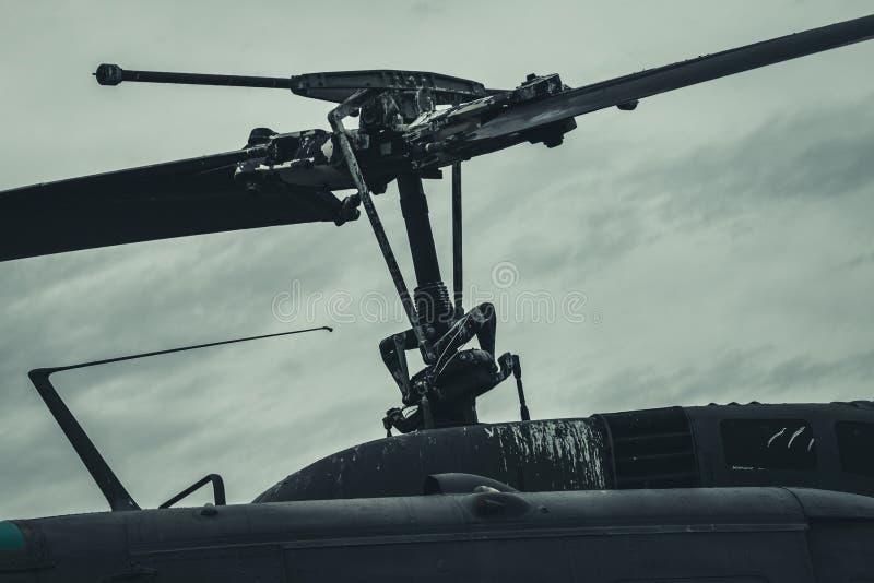 Cuchillas resistidas del helicóptero imagen de archivo libre de regalías