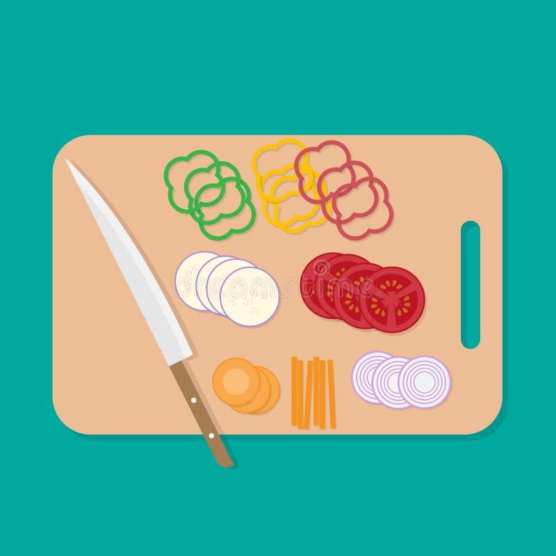 Cuchillo en rebanada de la tabla de cortar y de las verduras fotografía de archivo libre de regalías