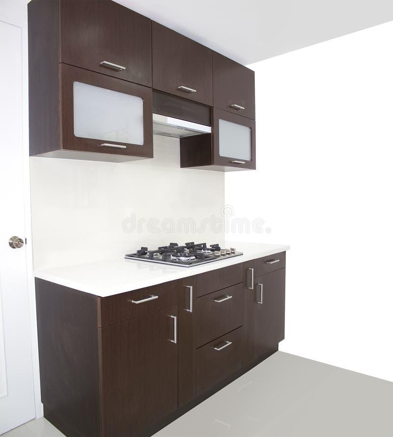 Cucina con la pittura bianca della parete fotografie stock for Pittura cucina