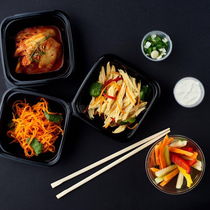 Cucina coreana Insieme delle insalate fotografia stock