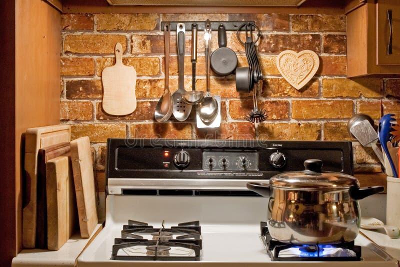 Cucina di stile di paese immagini stock libere da diritti
