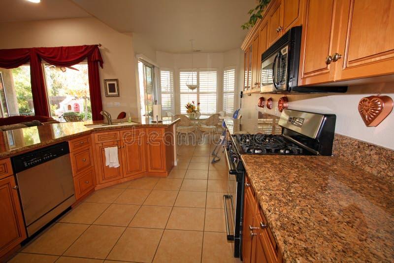 Cucina e sala da pranzo moderne immagine stock immagine di vivere finestra 12034179 - Sale da pranzo moderne ...