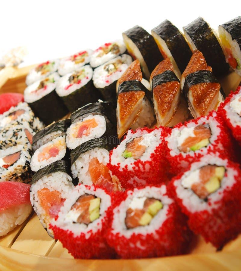 Cucina giapponese - insieme dei sushi fotografie stock
