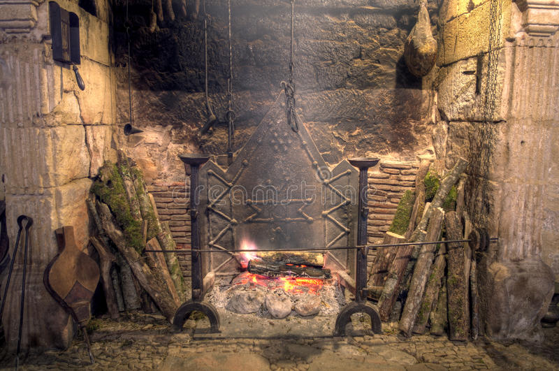 Cucina medievale del castello fotografia stock libera da diritti