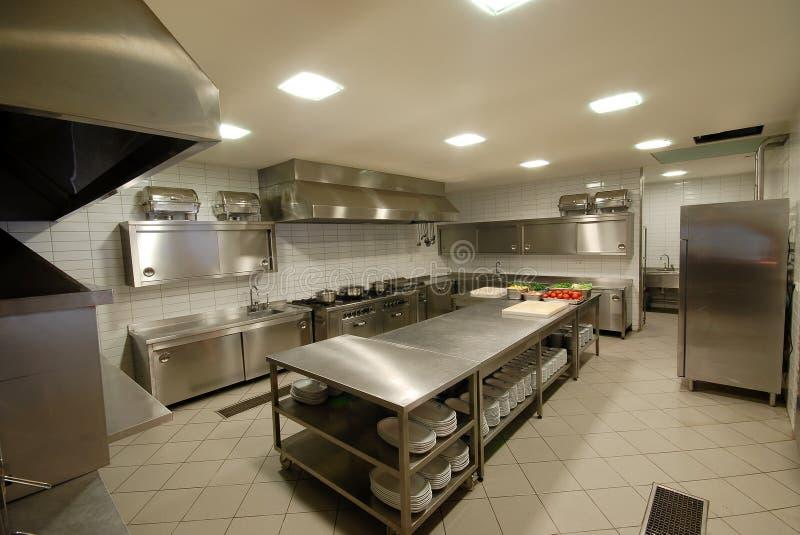 Cucina moderna nel ` del ristorante fotografia stock