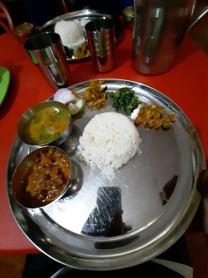 Cucina nepalese autentica Thali nepalese, piatto puro del vegano del veg fotografia stock