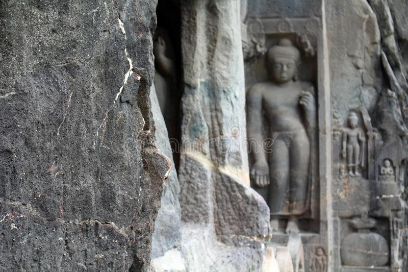 Cud Ajanta zawala się ciący Buddyjscy zabytki fotografia stock