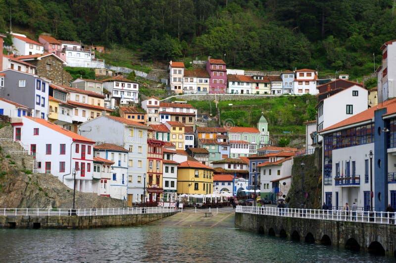 Cudillero, Asturias, Spanien stockbilder