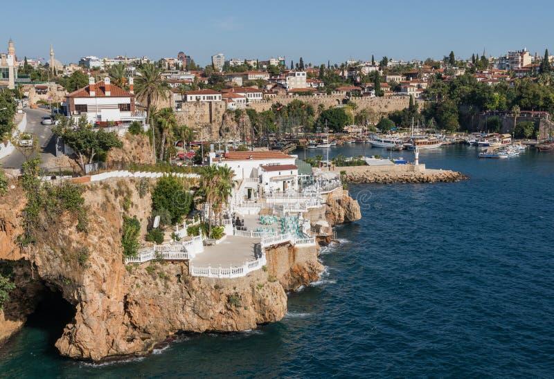 Cudowny brzegowy miasteczko Antalya, Turcja zdjęcie royalty free