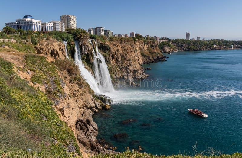 Cudowny brzegowy miasteczko Antalya, Turcja zdjęcia royalty free