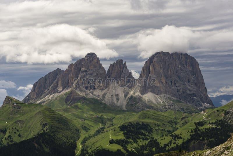 Cudowny lato widok Sassolungo dolomity Włochy obrazy royalty free