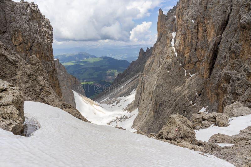 Cudowny widok od Sassolungo dolomity W?ochy obraz royalty free