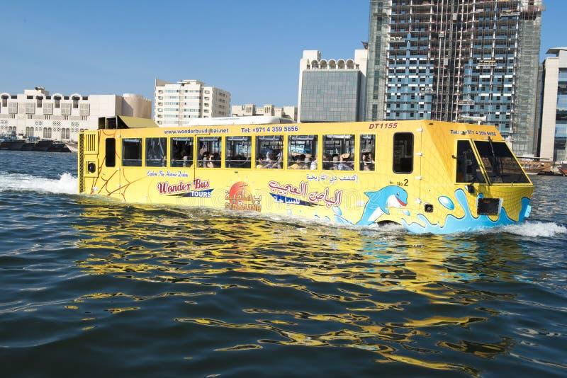 Cudu autobus Dubaj zdjęcia royalty free