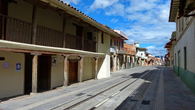 cuenca Equateur Rue et maison grandes Casa de las Posadas de la Colombie images stock