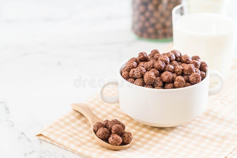 cuenco de cereal del chocolate fotografía de archivo