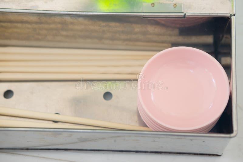Cuenco plástico rosado fotografía de archivo