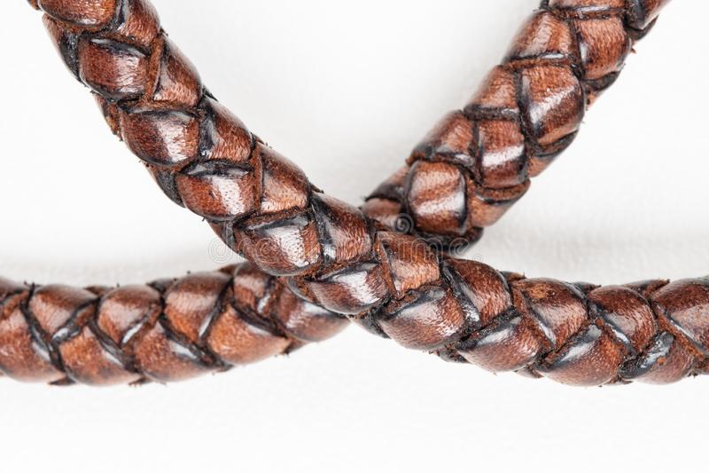 cuerda de cuero handcrafted en el fondo blanco imágenes de archivo libres de regalías