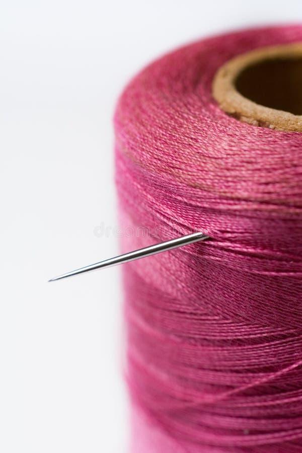 Cuerda de rosca rosada imagen de archivo libre de regalías