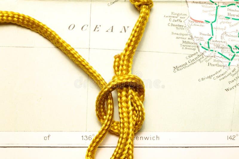 Cuerda y mapa imagen de archivo