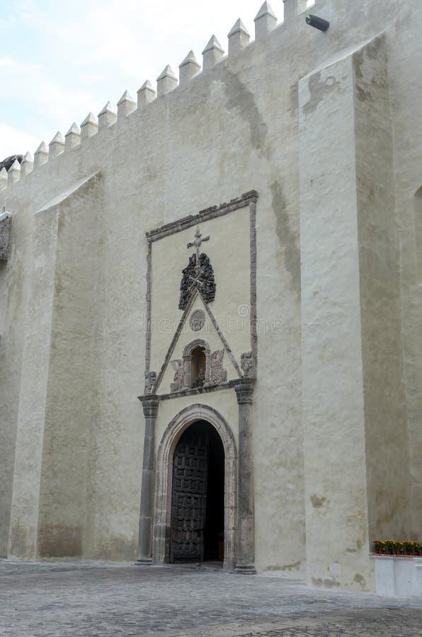 Free Cuernavaca Cathedral Side Door With Crossed Bones Stock Photos - 61386833