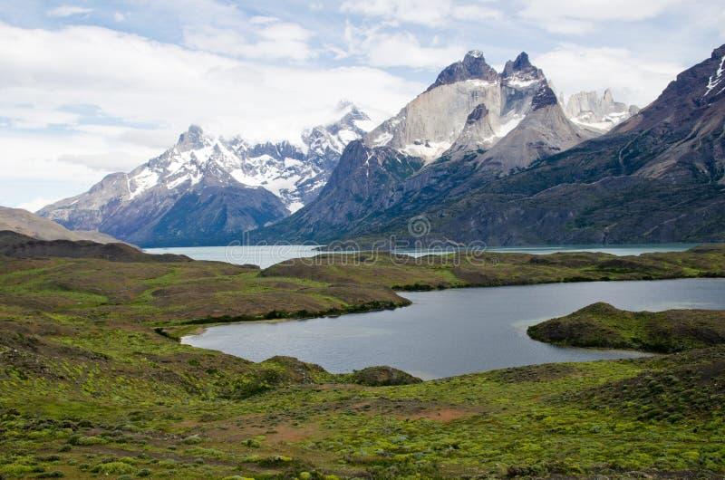 Cuernos del Paine (claxones de Paine) imagen de archivo