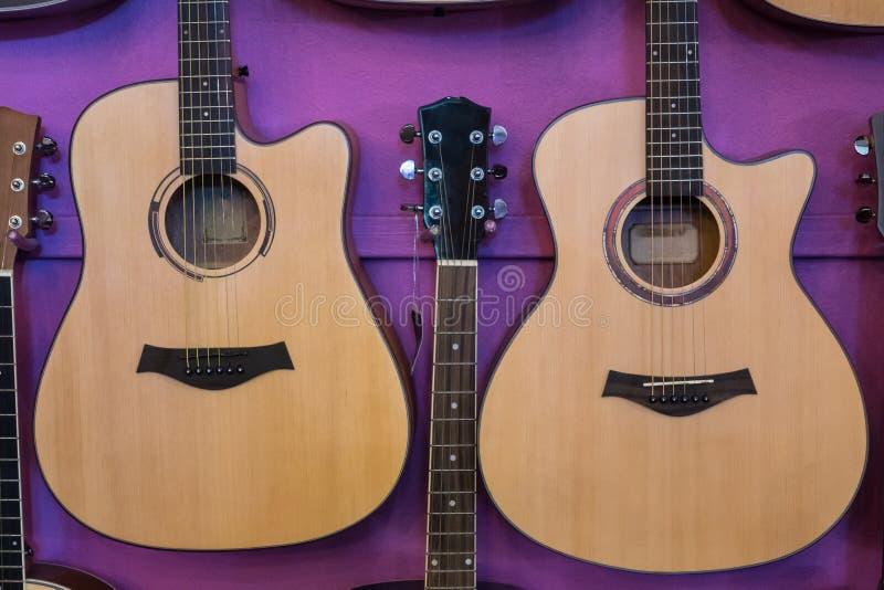 Cuerpo de la demostración de la guitarra fotos de archivo libres de regalías