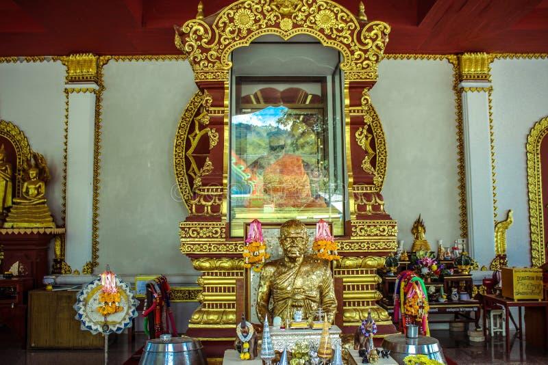 Cuerpo momificado del monje en Koh Samui Thailand imagen de archivo