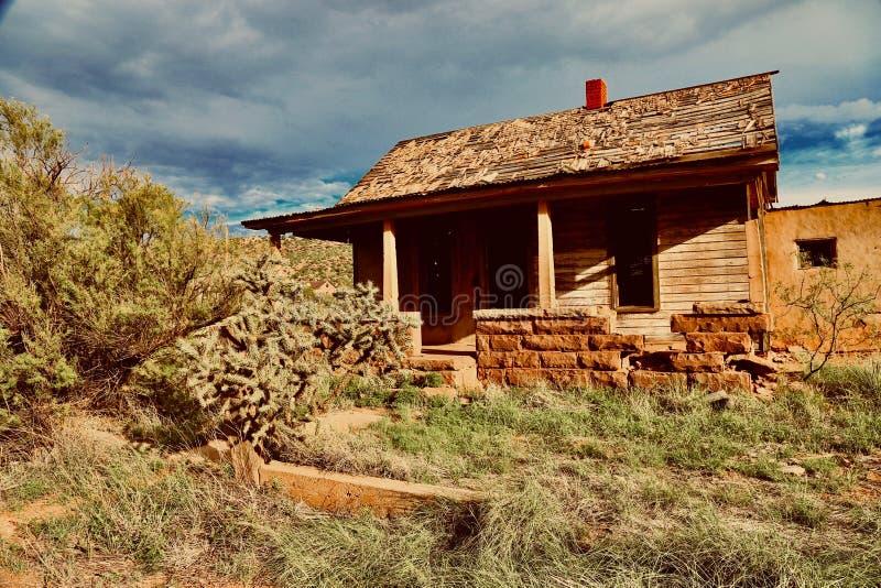 Cuervo NM, дом в город-привидении стоковые фото
