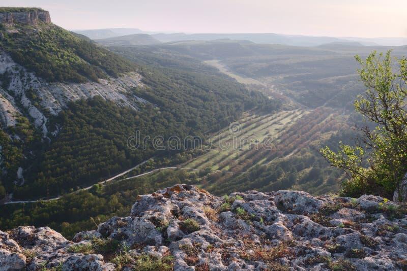 Cuestas del barranco de la montaña, Crimea, Bakhchisaraj fotografía de archivo libre de regalías