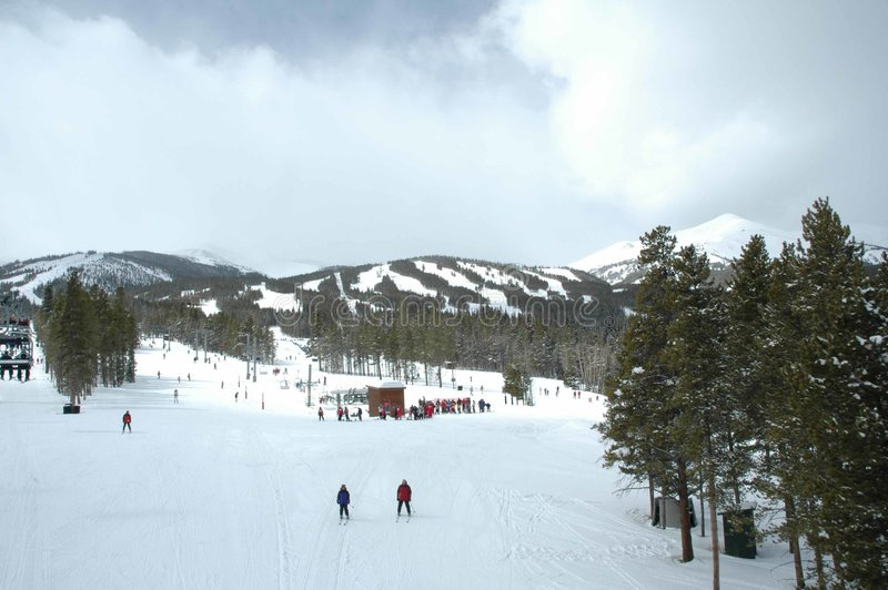 Cuestas del esquí imágenes de archivo libres de regalías